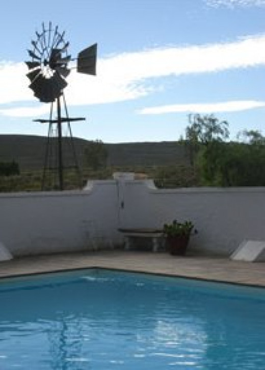 Swimming pool at Matjiesfontein