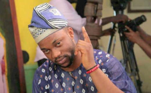 Nigerian actor Damola Olatunji plays Yomi Collins, an egomaniac Yahoo boy in Oore Idunu.