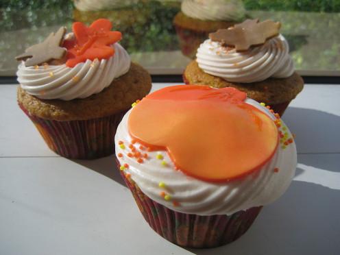 Cute seasonal cupcake inspiration.