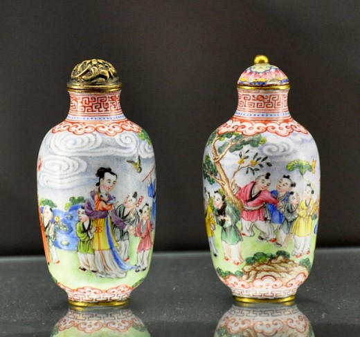 Quing dinasty inside painted glass snuff bottles
