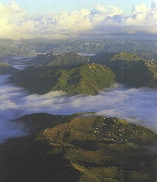 Mountains of Cayey in  Puerto Rico  Picture by Jowito