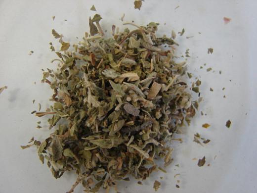 Dried Damiana Leaf.