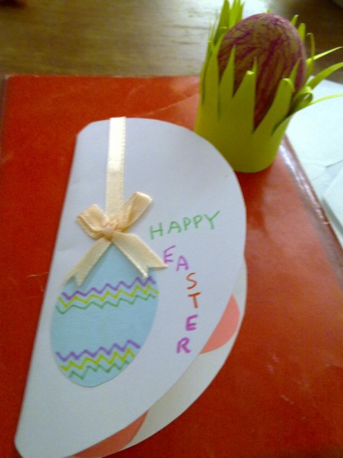 I made this Easter Card along with the Easter Egg Craft