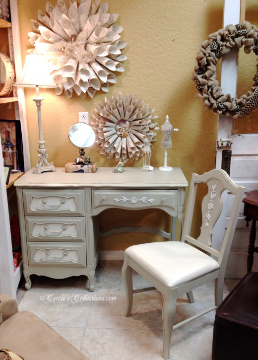 Thomasville french provincial desk and chair