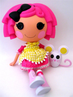 Lalaloopsy Party Is as Cute as a Button for Little Girls