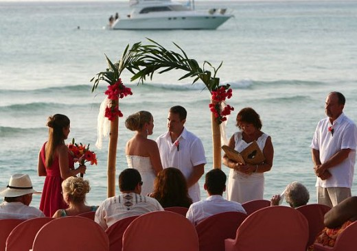 Easy Wedding Arch Idea for the Beach - I came across this one in Mexico.