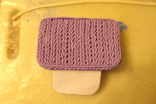 "The finished top of your ""knit stitch"" box"