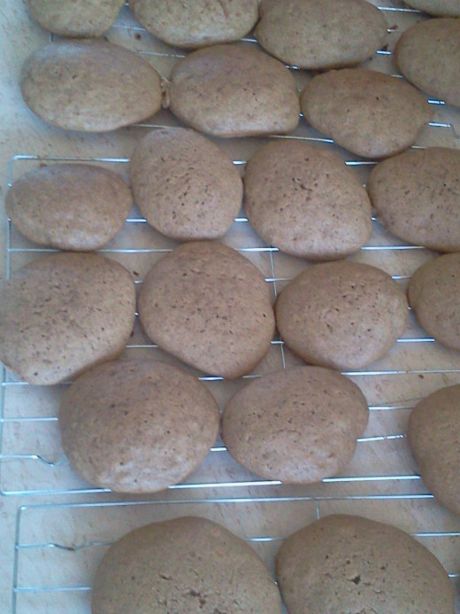 Cookies cooling.