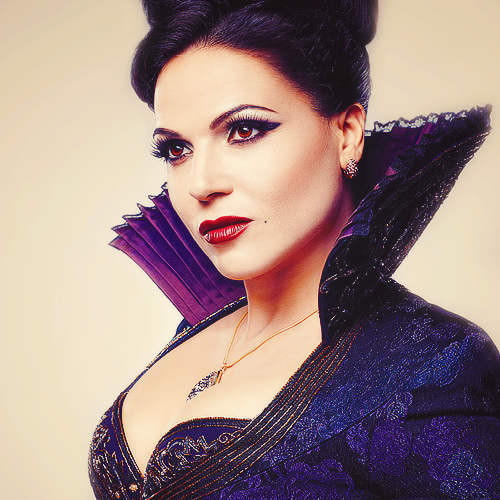 Don't look now! It's the Evil Queen!