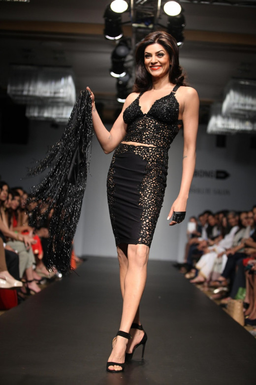 39 year old Sushmita Sen in Lakme Fashion Week.