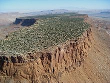 Monument Valley mesa, with cliffs of De Chelly Sandstone