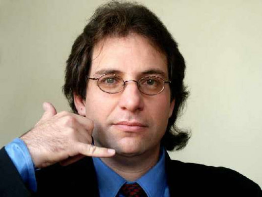 "Kevin Mitnick - ""Call me"" ;)"