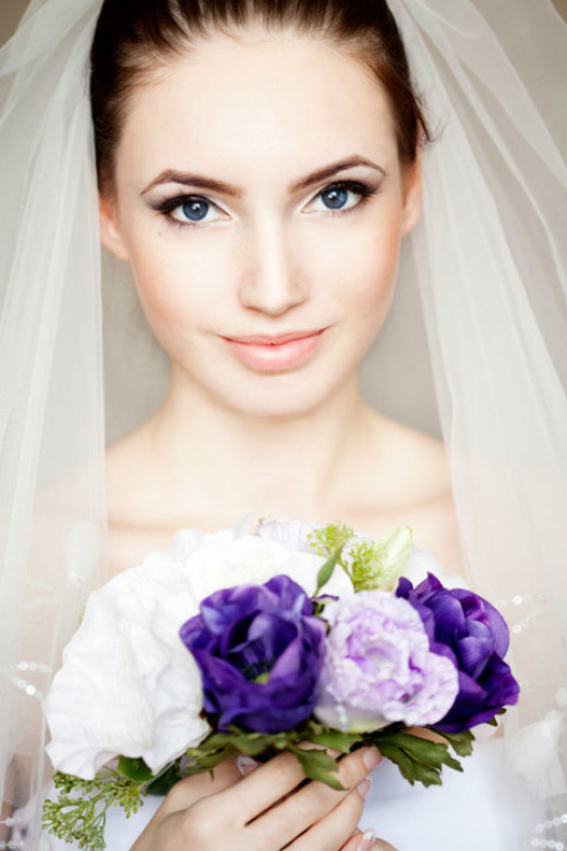 Makeup for outdoor weddings