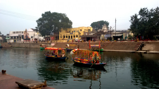 Boats in Mandakini 1