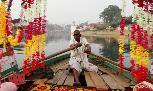 The boatman of Mandakini
