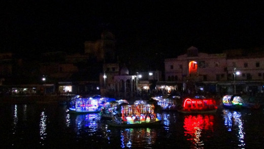 Ram Ghat at night 3