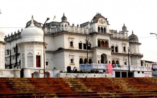 Ratneswar Rama temple at Raghab Prayag Ghat