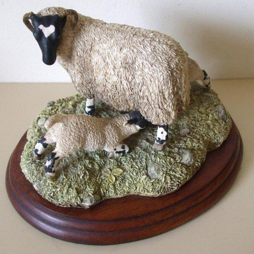 Border Fine Arts - Ewe & Two Lambs ( UK buyer in Herefordshire ) £31