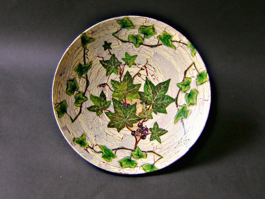 A classic style decoupage bowl.