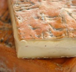 How to Make a Taleggio Cheese Dip