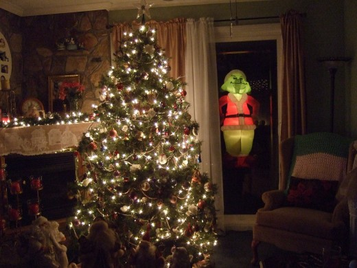 The Grinch At Night