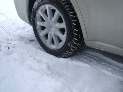 Tips to Give Tires More Traction in the Snow