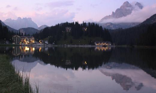 Misurina lake and its reflections