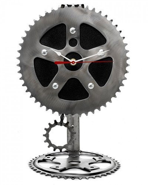 Recycled Bicycle Parts Desk Pendulum Clock