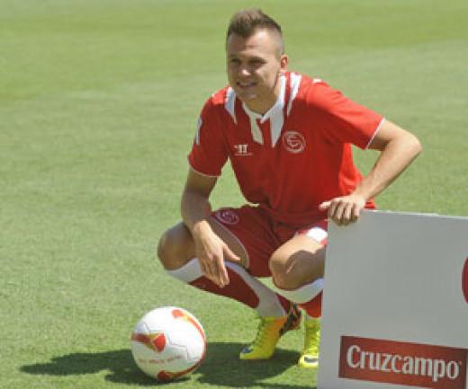 Denis Cheryshev in Sevilla jersey.