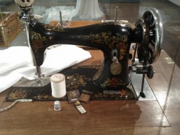 My Mother taught me to sew with a Singer sewing machine very much like this one.