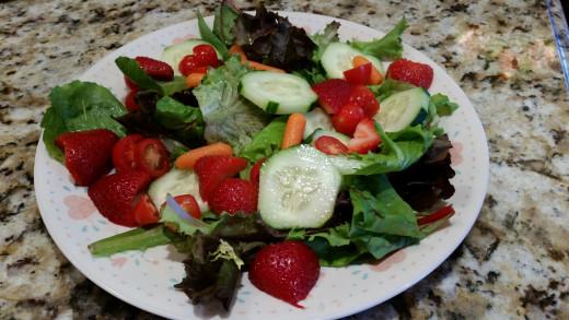 Garden Strawberry Salad