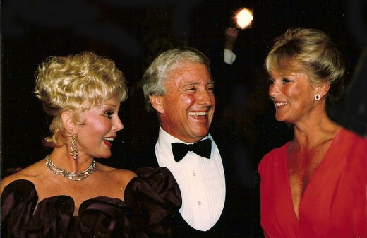 Merv Griffin with Eva Gabor and Linda Evans at Denver's Carousel Ball