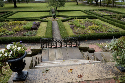 The Lanier Mansion garden