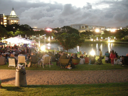 Christmas Carols in the park - cost $free
