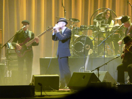 Leonard Cohen at the Beacon Theatre, NY, in 2009