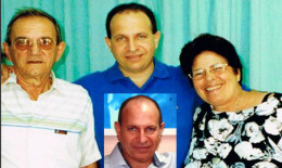 Rolando with his Father and Mother