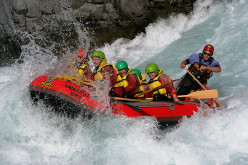 River Rafting in Rippling White Waters