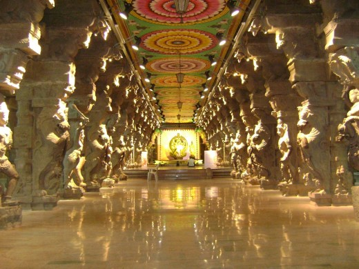 meenakshi amman temple in night