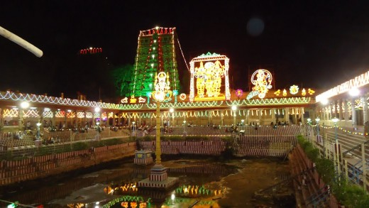 Night view of meenakshi amman temple