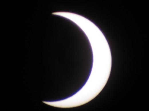 6:38 PM: Peak of Eclipse