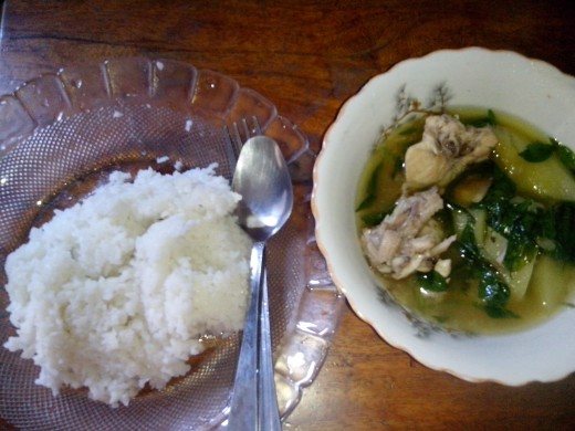 Chicken tinola served with hot rice