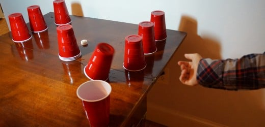 Drinking Games For 2 People - Pub Crawl Tonight