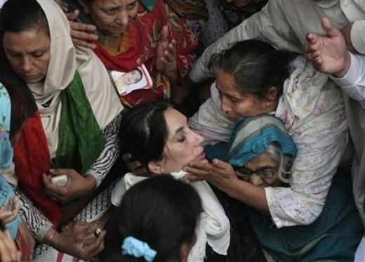 Death scene of Ms. Bhutto