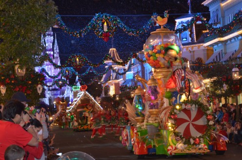 This Christmas parade floats on select evenings from November through mid-December. Ironically, it stops right before Christmas. Notice the snow that actually melts.