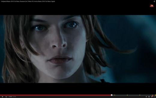 Milla Jovovich in Residential Evil 2.