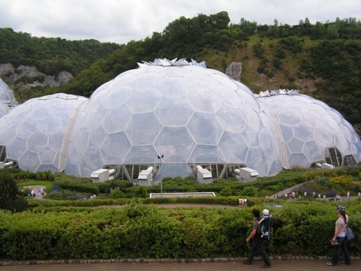 Largest Greenhouse in the World, where baking contests are also held. This is only one of two buildings.