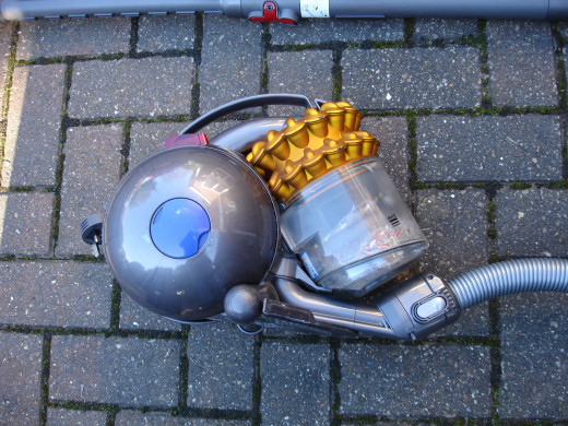 Side view of Dyson ball cleaner - this is the view you will see every time you turn a corner and it topples over