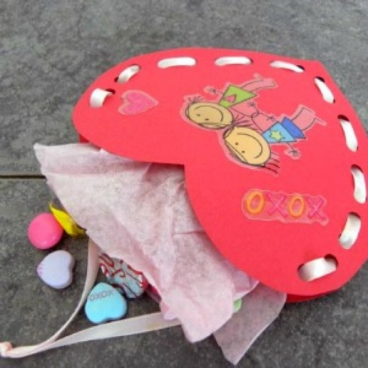 57 Craft Ideas for Making Valentine Gifts and Decorations – Easy Valentine Cards for Kids