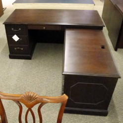 Back to basics: Perfect positions for home office desks