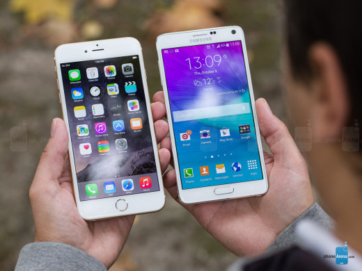 Comparison between iPhone 6 Plus (left) and Samsung Galaxy Note 4 (right) side by side.